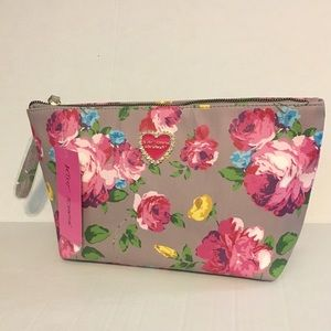 Betsey Johnson Cosmetic Case Or Wristlet
